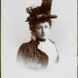 Eleonora z Husarzewskich Lubomirska w żakiecie w kratę